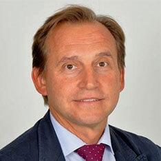 Luis Sanz Ferrando traumatólogo